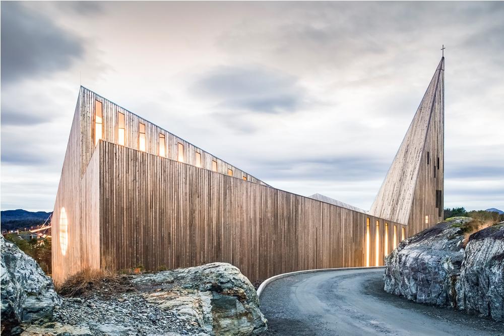 Knarvik Kyrkja/挪威/旅游/建築