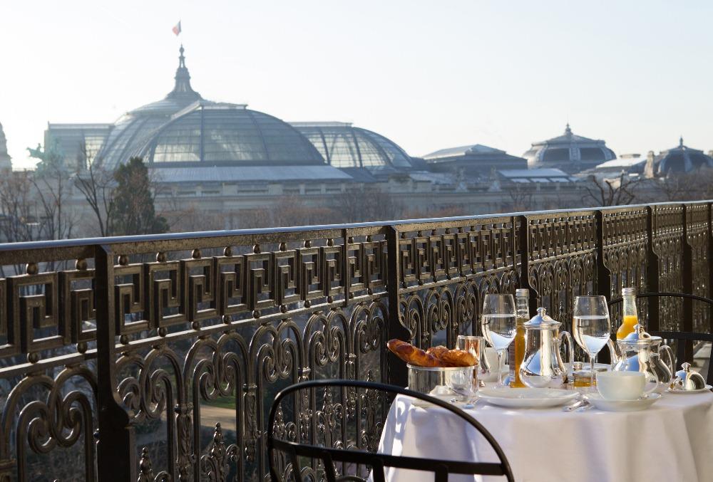 露臺早餐/La Réserve Paris/巴黎/法國/奢華旅宿/絕景飯店