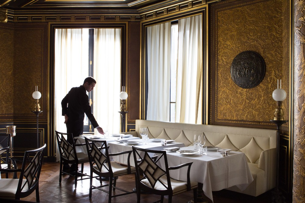 客席/La Réserve Paris/巴黎/法國/奢華旅宿/絕景飯店