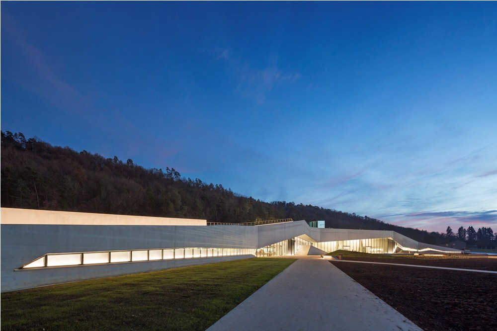 博物館/Lascaux Centre International de l'Art Pariéta