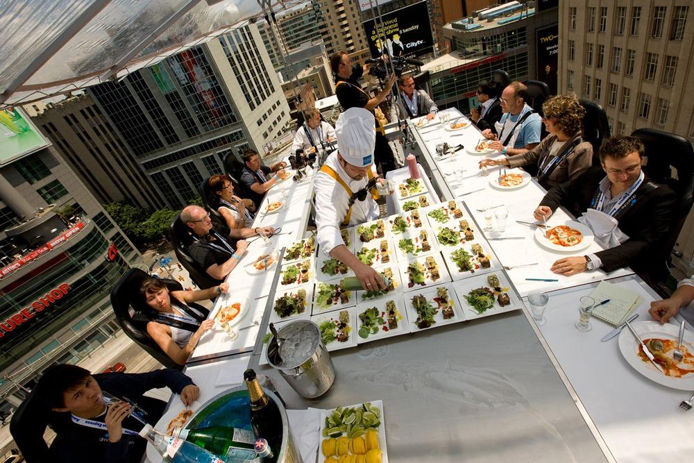 Dinner in the sky/世界/美食/米其林