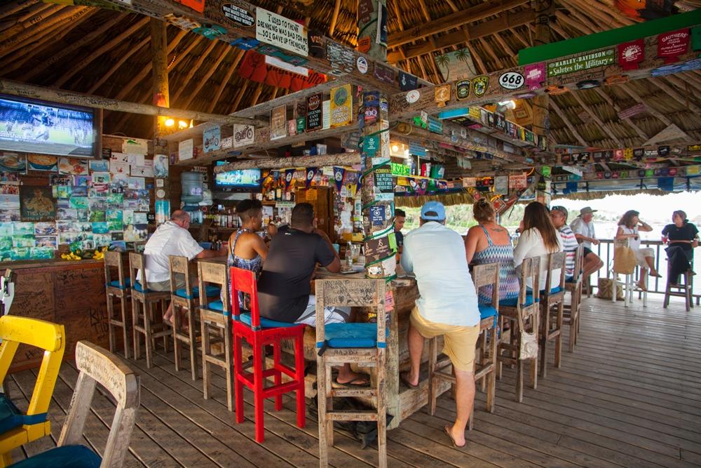Plalapa Bar & Grill