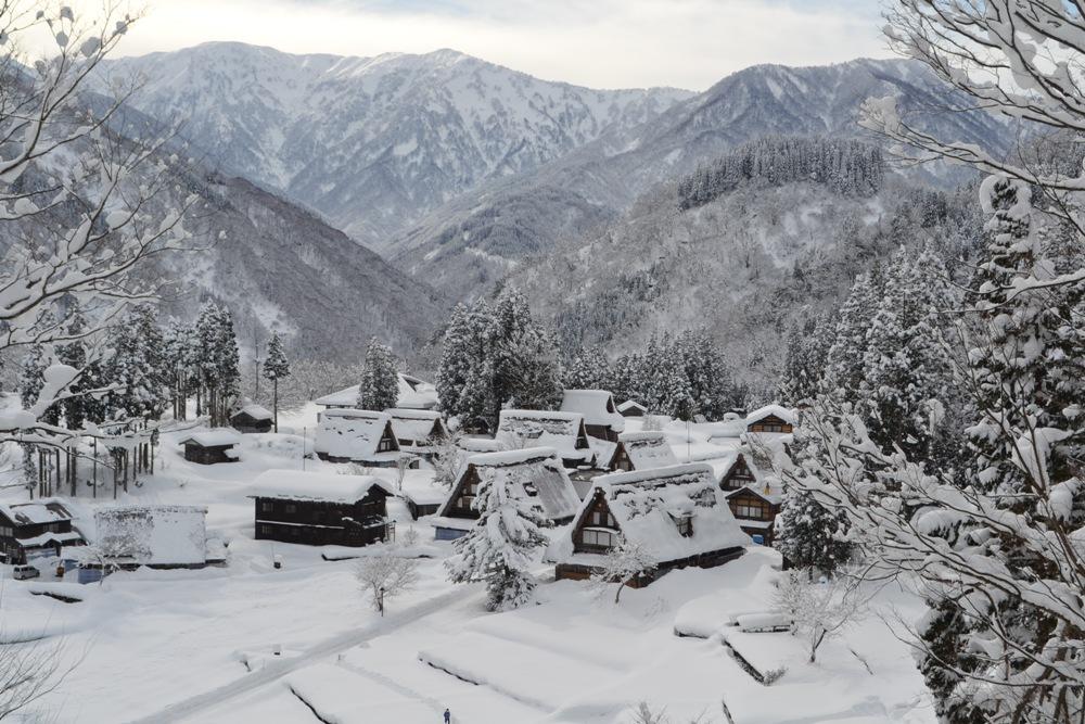 合掌村雪景