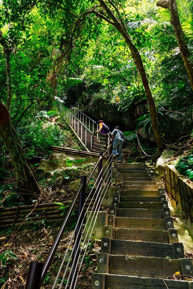 挑戰從瀑底循原路通過長春橋後的好漢坡