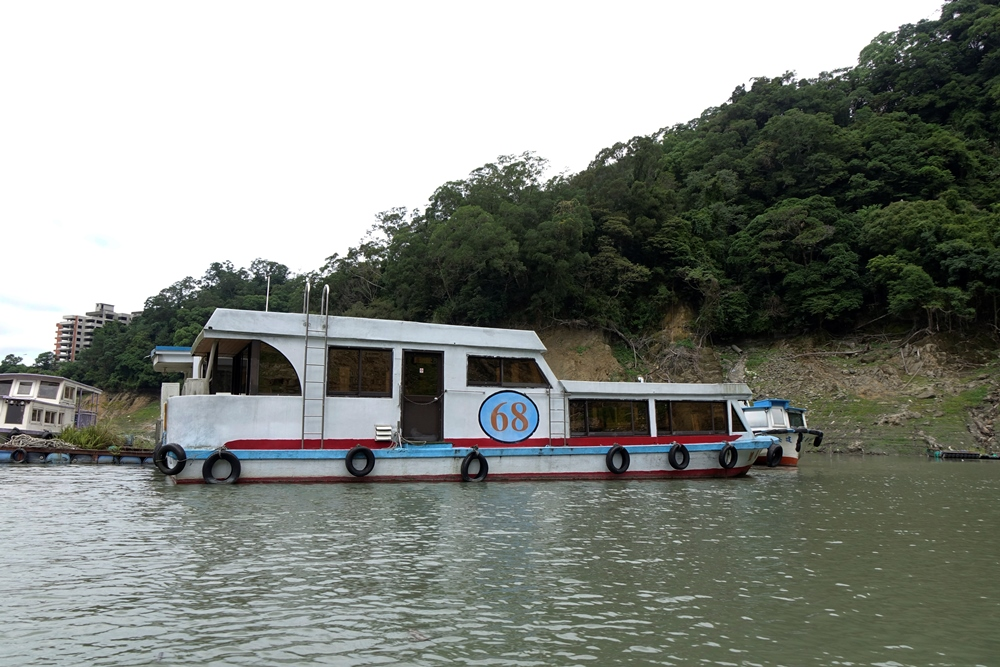 石門水庫遊湖船