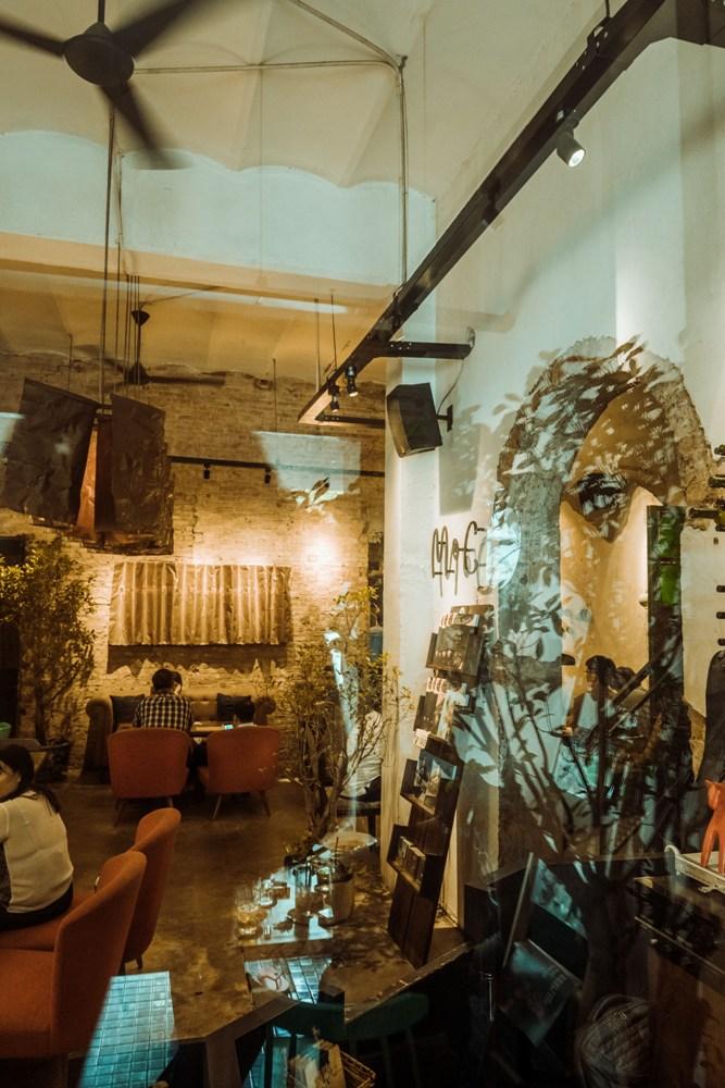 以復古的歐式莊園為概念的咖啡廳