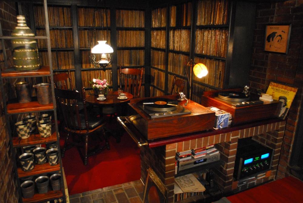 Jazz spot Yamatoya/黑膠唱片/爵士樂酒吧/京都/日本