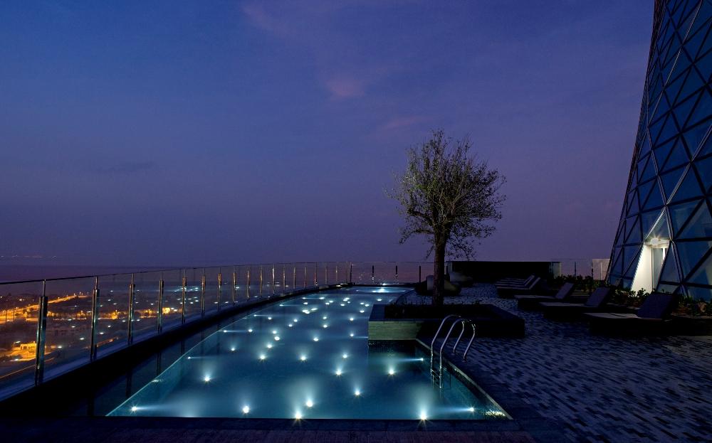 戶外泳池/俯瞰美景/Hyatt Capital Gate Abu Dhabi/阿布達比/阿拉伯聯合大