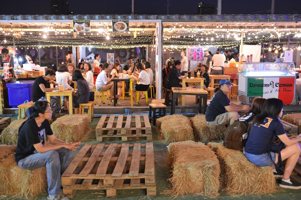 主廣場/ArtBox Thailand/泰國貨櫃藝遊市集/曼谷/泰國