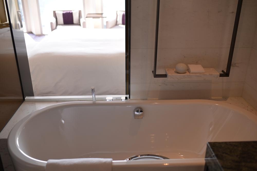 純白浴缸/Four Seasons Hotel Seoul/首爾/韓國