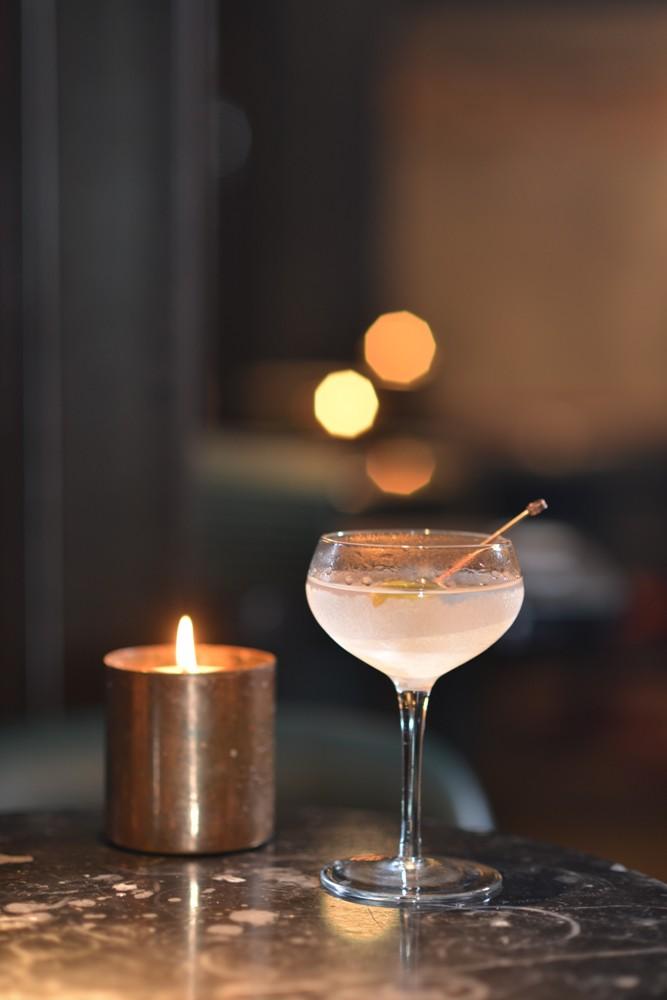 Truffle Martini/speakeasy 酒吧 Rabbit Hole/曼谷/泰國