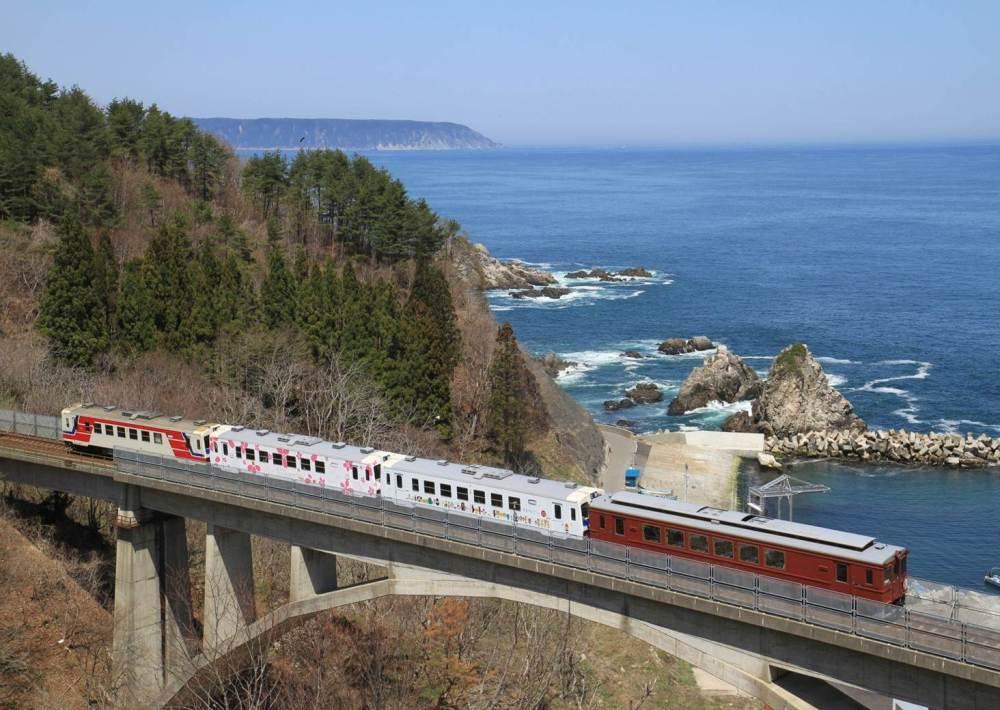 東北沿岸暖桌列車/三陸鐵道/日本