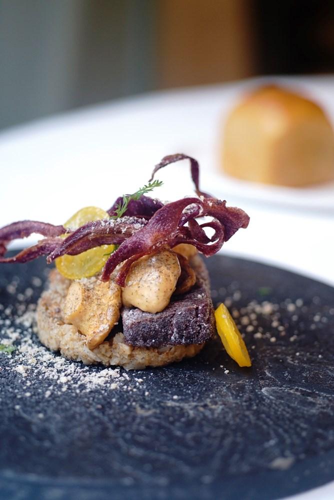 羊蹄菇和日本紫薯、金桔及白花椰菜/法國/巴黎/Etudes/Keisuke YAMAGISHI/日本