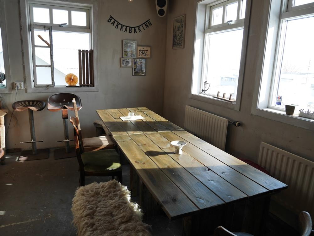 木頭及老件裝潢/小鎮咖啡館/Gísli, Eiríkur, Helgi–kaffihús/冰島