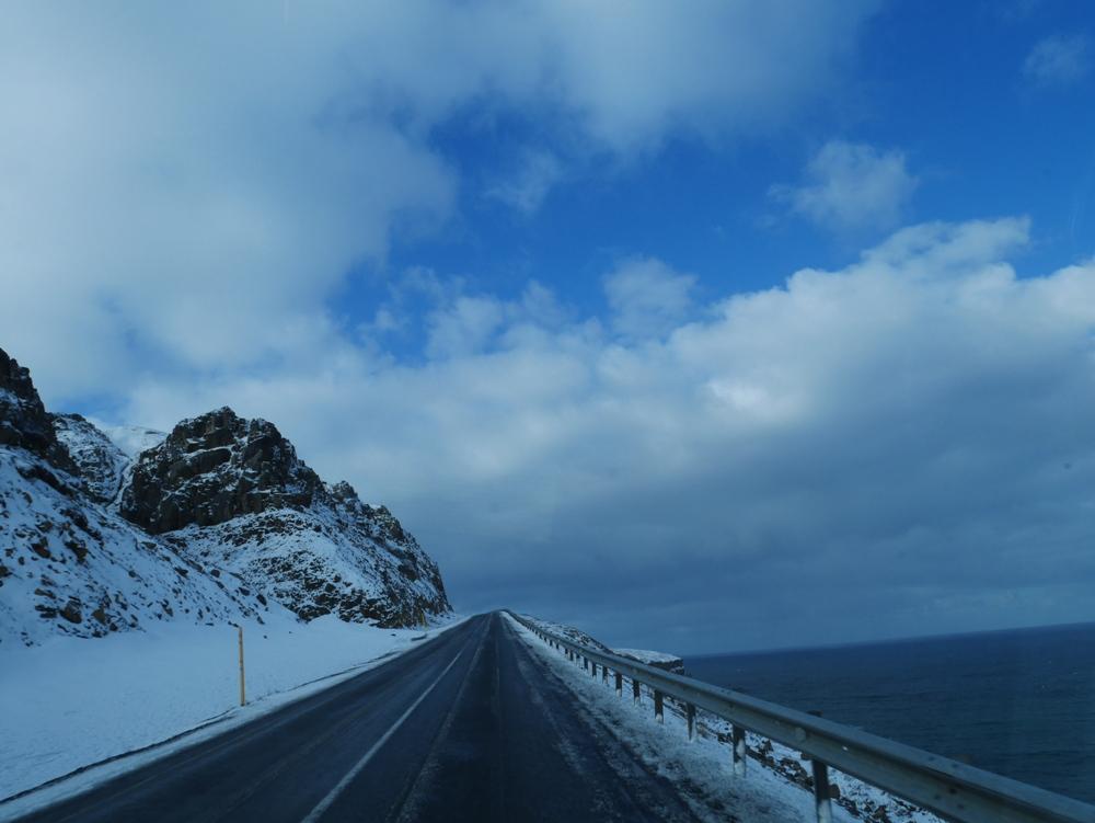 險峻高山景觀/巨魔半島/冰島