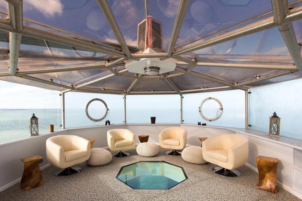 玻璃穹頂中庭休息區/Portsmouth/碉堡旅宿/英國