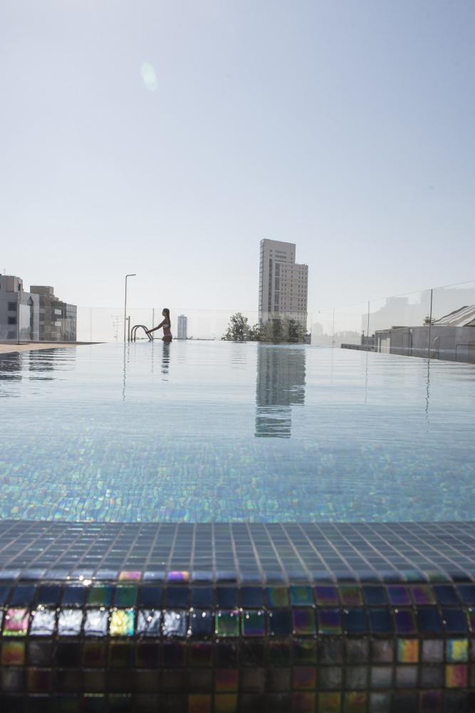 泳池/日光浴露臺/The Norman Tel Aviv/Tel Aviv/Israel
