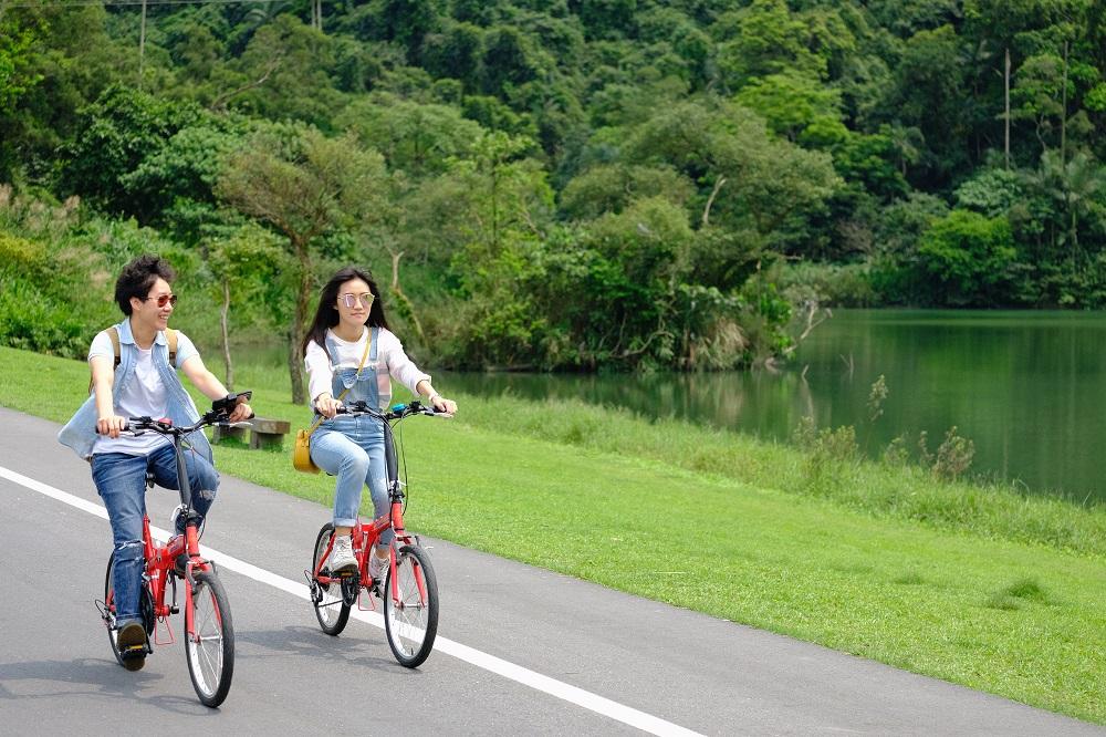 腳踏車遊湖/天ㄟ露營車/宜蘭/台灣