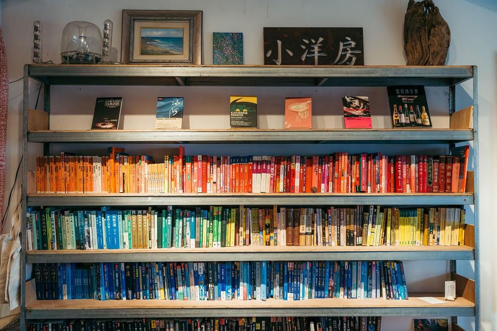 多樣類型書籍/都蘭小洋房書店/台東/臺灣