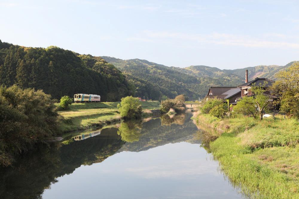 ことこと列車/COTO COTO/水戶岡銳治/九州/福岡/觀光列車/日本鐵道