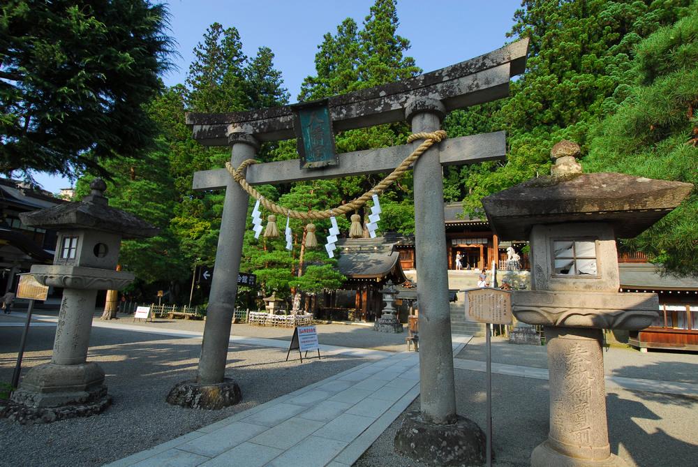JR 高山本線/日本鐵道旅行/飛驒高地/飛驒高山/飛驒小京都/櫻山八幡宮