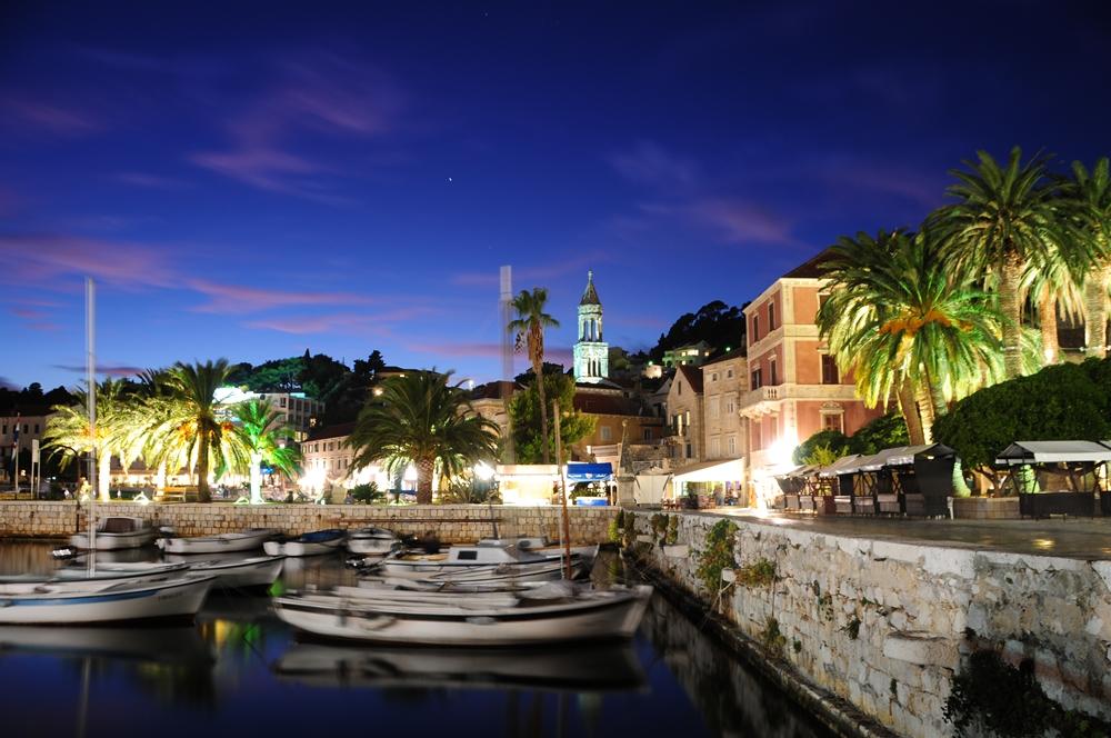 克羅埃西亞/赫瓦爾島/夜景/遊艇/地中海小島