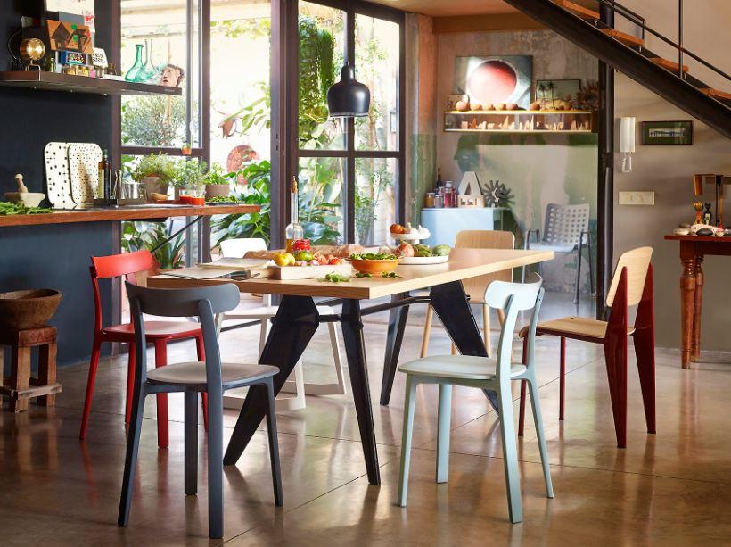 Vitra EM Table natural solid oak/Vitra HAL Wood 木腳
