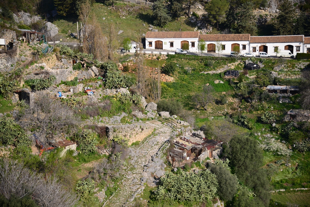古城散策/白色山城/歐洲小鎮旅行/西班牙