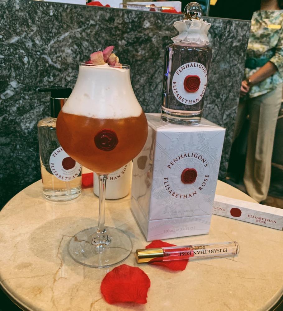 玫麗女皇/周末限定「以玫瑰之名 女皇下午茶」/潘海利全新伊莉莎白玫瑰香水/香格里拉台北遠東大廳茶軒