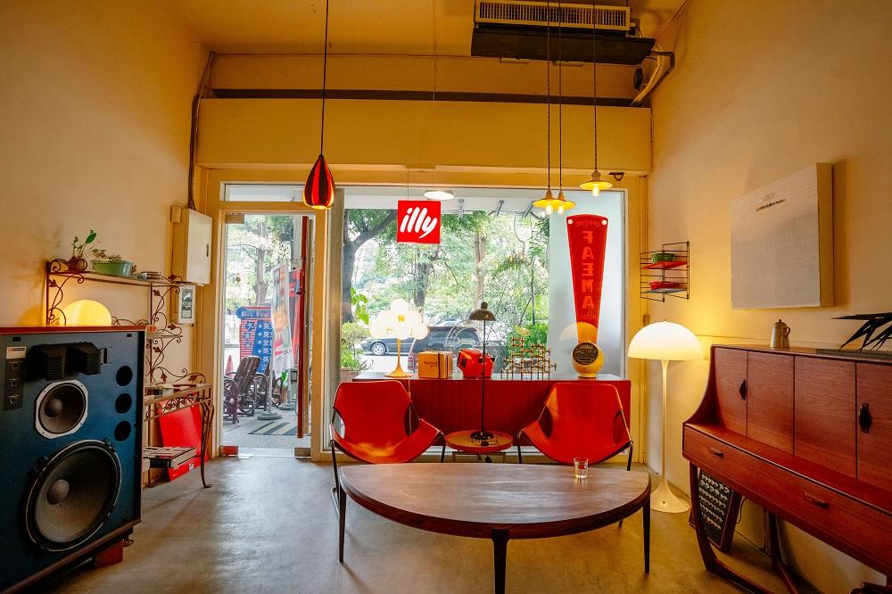 台中/老樣子咖啡雜貨/音響/咖啡廳/家居風/美學品味