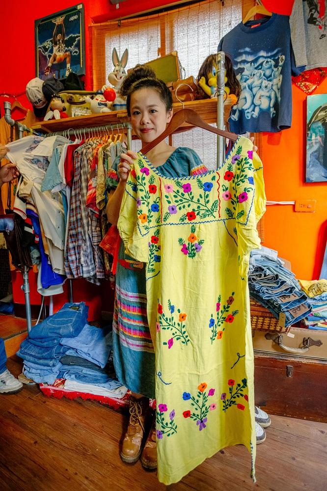 拾皝/Vintage/二手衣物/新竹/美式古著/刺繡洋裝