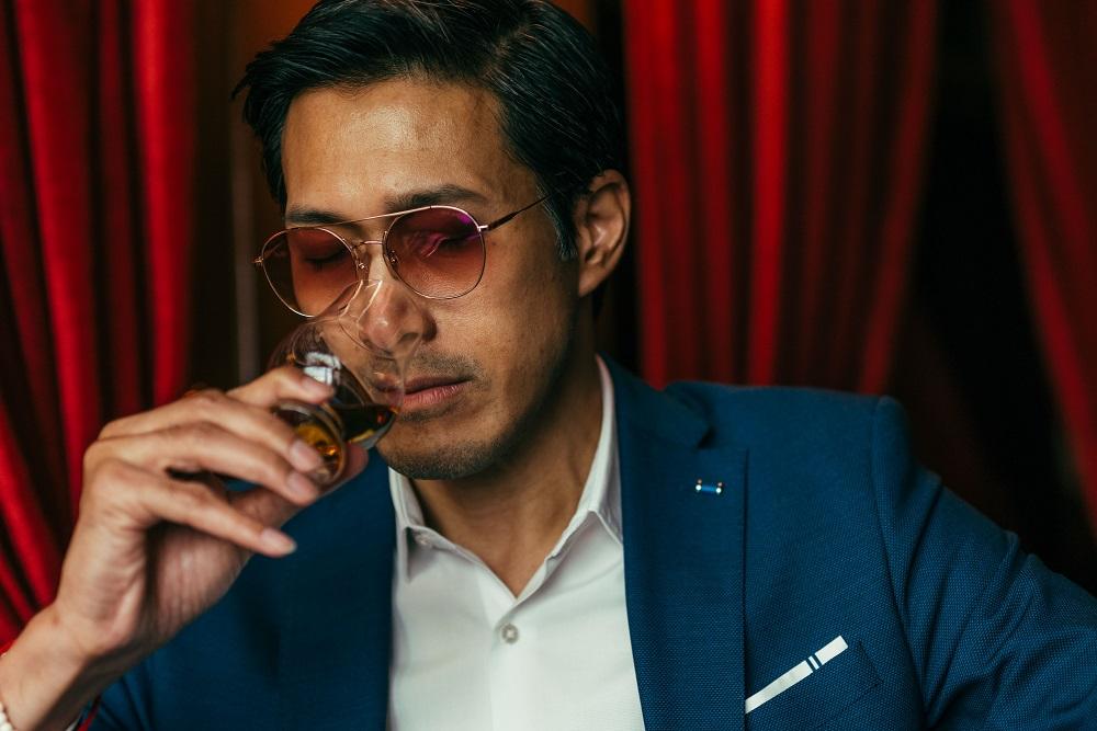 紳士/雪茄/威士忌/品酒/酒吧/Character Whiskey & Cigar Bar/曼谷