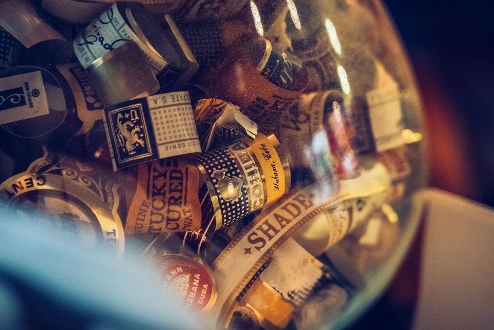 雪茄標籤/裝飾/酒吧/Character Whiskey & Cigar Bar/曼谷