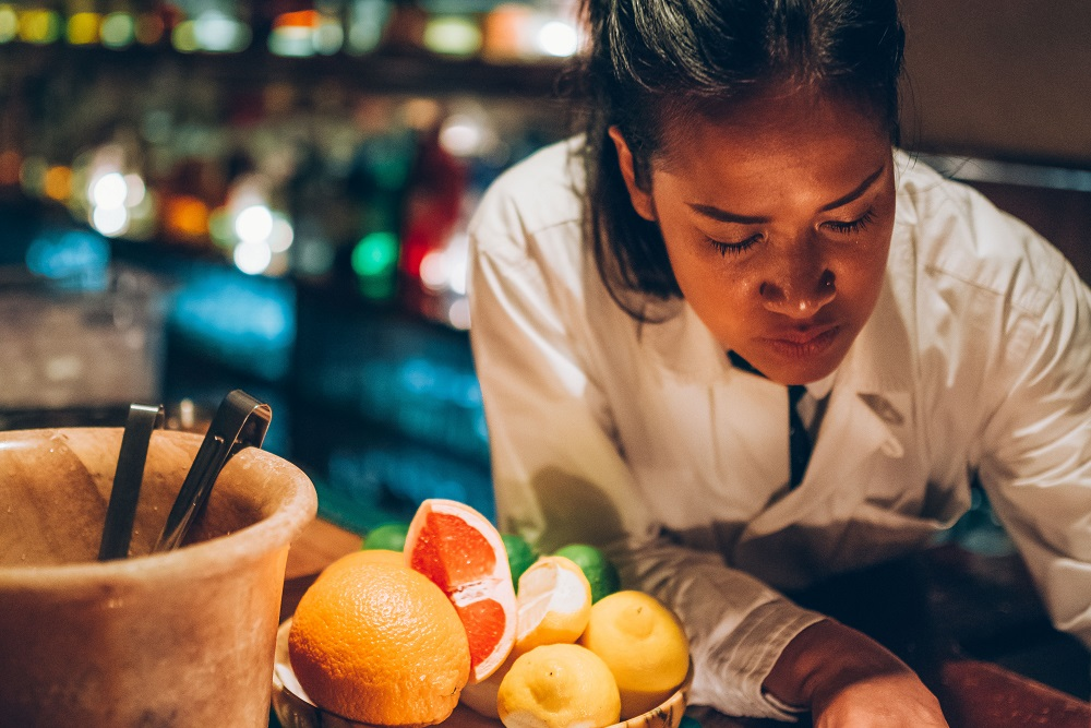 Q&A Bar/復古酒吧/火車車廂/曼谷/泰國