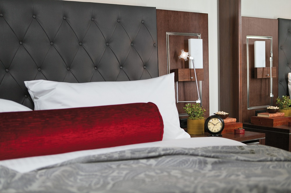 Archer Hotel New York/曼哈頓/紐約/大氣/紅灰配色/客房
