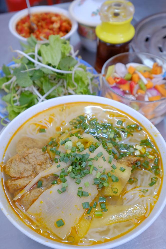 Bún Chả Cá Hờn/峴港/越南/美食/在地小吃/魚板米線