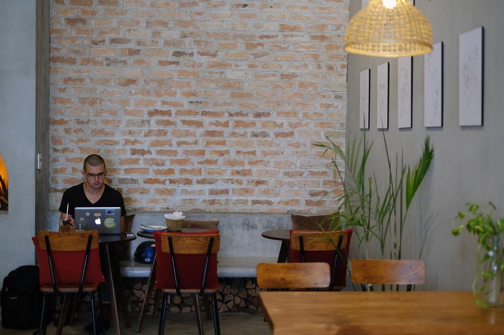 The Hideout cafe/峴港/越南/美食/越式咖啡/早午餐/工業風