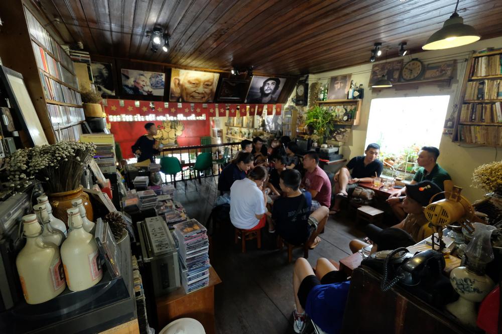 Nối Cafe /峴港/越南/美食/咖啡館/懷舊音樂/二樓空間
