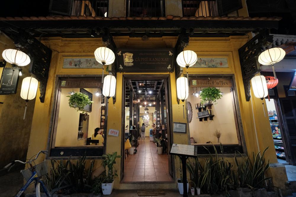 Faifo Coffee/會安/越南/咖啡館/店門