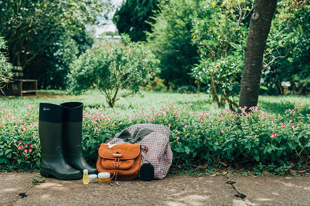 TOD'S迷你斜背包/AIGLE女生造型休閒膠靴/AIGLE女生防水透氣外套/Diptyque香氛