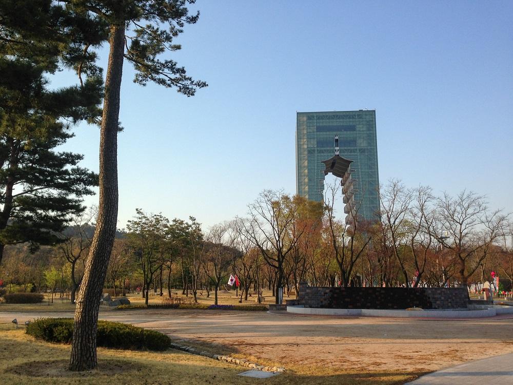 慶州/韓國/新羅古都/慶洲塔/地標/現代/鏤空