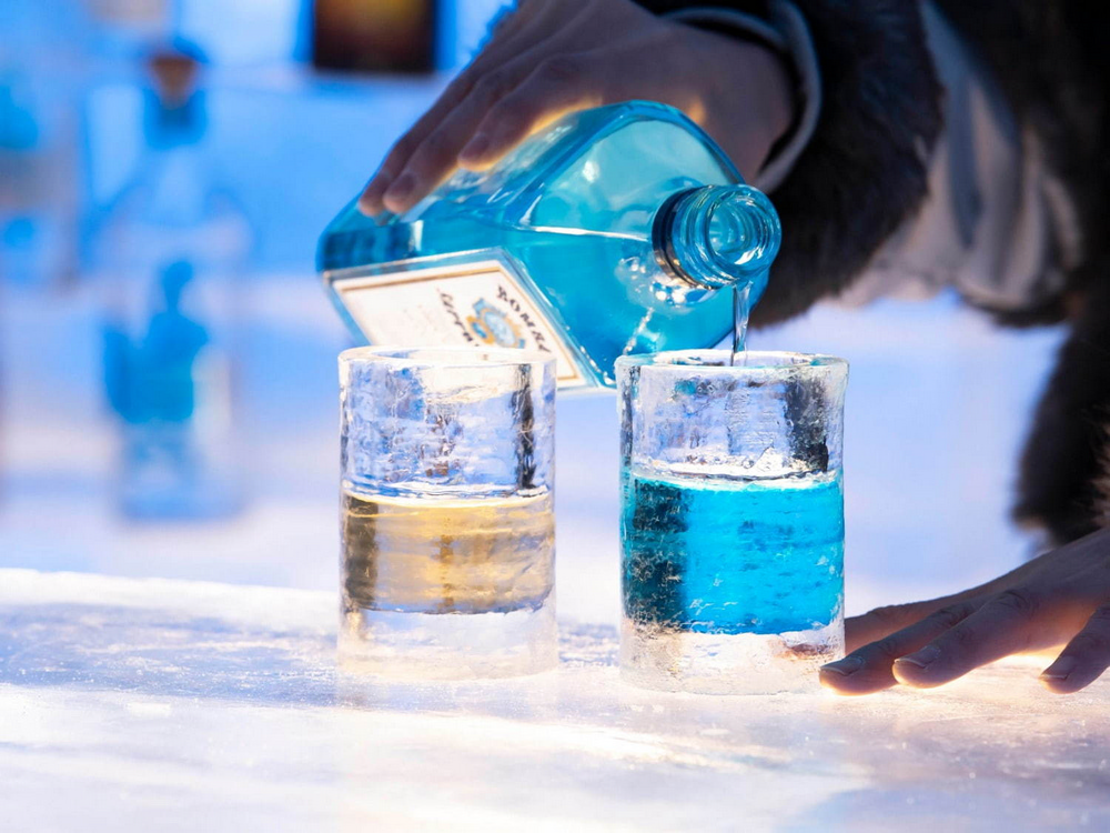 冰村/北海道/日本/旅遊/RISONARE TOMAMU/滑雪/打卡/冰之酒吧