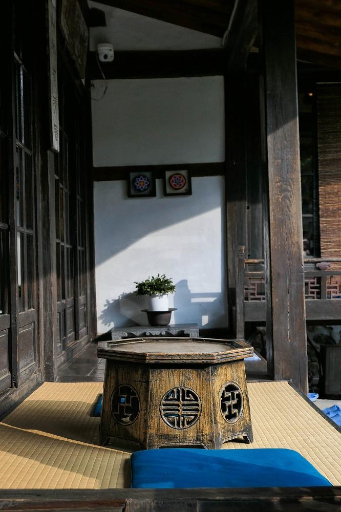 城北洞/首爾/韓國/壽硯山房/韓式木桌/韓國文學家李泰俊故居