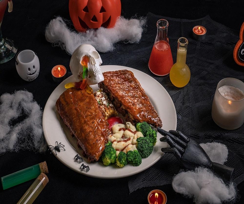 Chili's美式餐廳/台北/台中/萬聖節餐點/搞怪/開腸破肚骷髏豬肋排