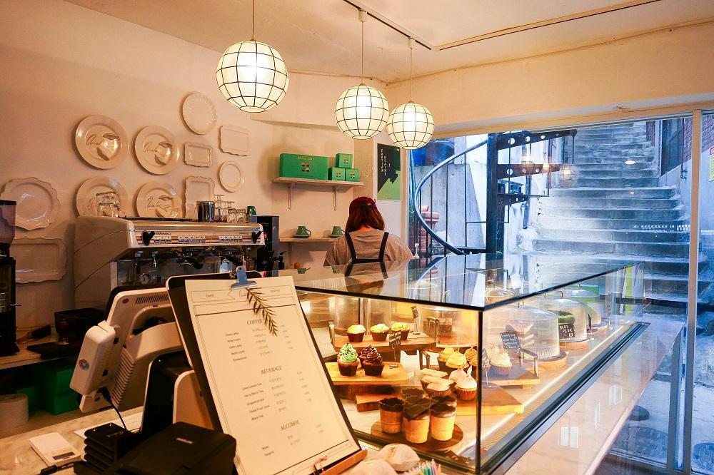 首爾新興市場/韓國/庶民風情/Oriole Cake/咖啡甜點店 /蛋糕櫃