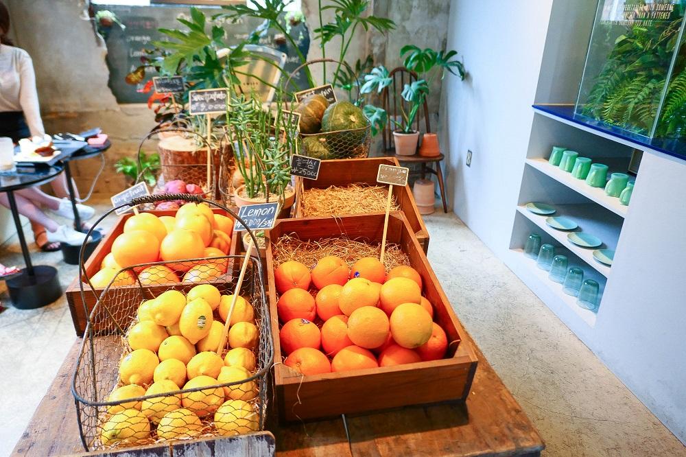 首爾新興市場/韓國/庶民風情/Oriole Cake/小農蔬果/橘子/檸檬