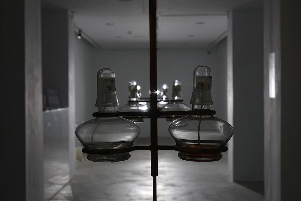 張葳/曖曖。內含光實驗室/Äi Äi ILLUM LAB/天然,人造。/台北