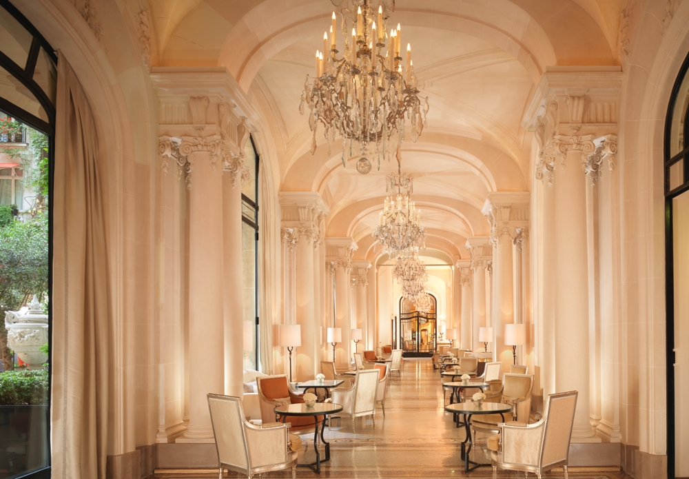 Hôtel Plaza Athénée - Royal Suite/大廳/巴黎/法國