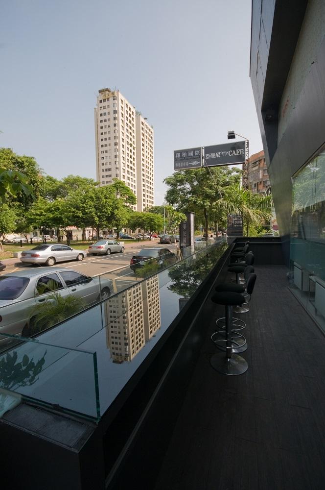 美術綠園道/台中/亞曼尼Café/露天座椅