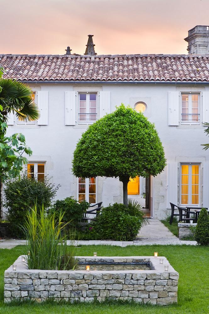 Villa Clarisse/雷島/法國度假勝地/浪漫中央庭園/居家感